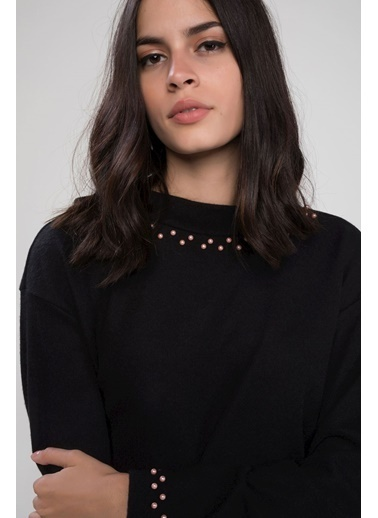 DeFacto İnci Detaylı Uzun Kollu T-shirt Siyah